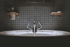 Consejos para limpiar los azulejos del baño